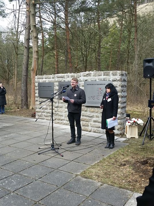 Giving a speech at the memorial event
